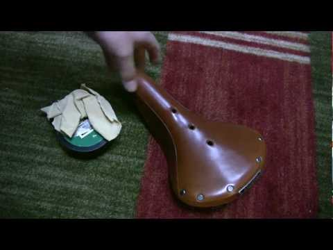 Brooks Saddle - Breaking in a B17 with saddle soap