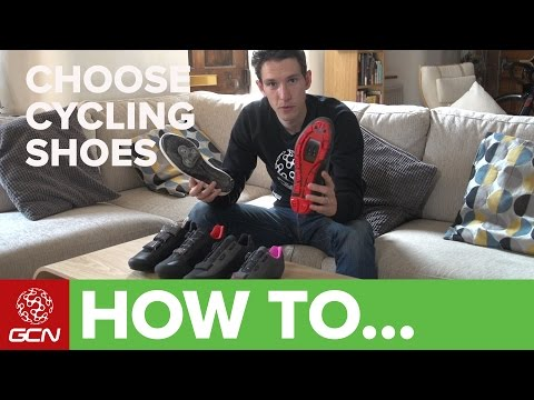 How To Choose The Right Cycling Shoes - A Buyer's Guide