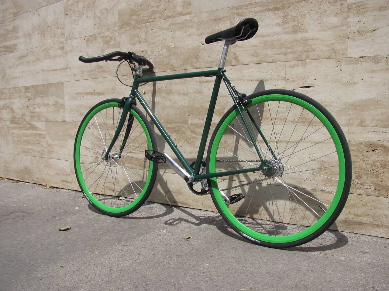 What Is And Why Ride A Fixed Gear Bike?
