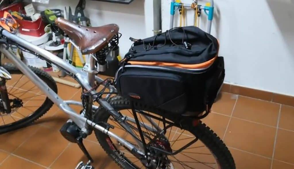 Ibera PakRak IB-BA9: popular and top quality bike pannier for commuters