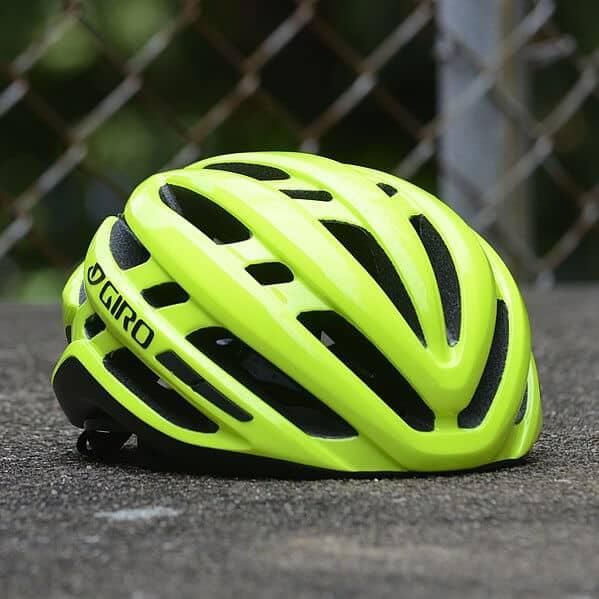 MTB vs road helmet