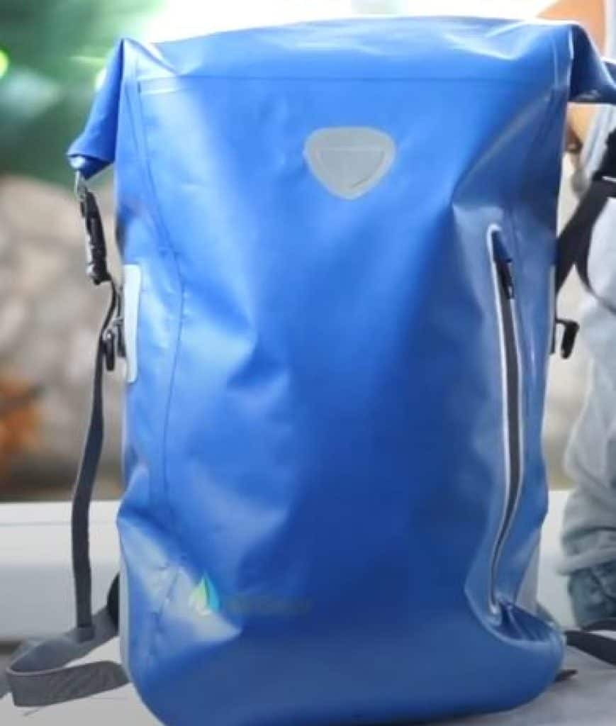 Waterproof-commuter-backpack-1