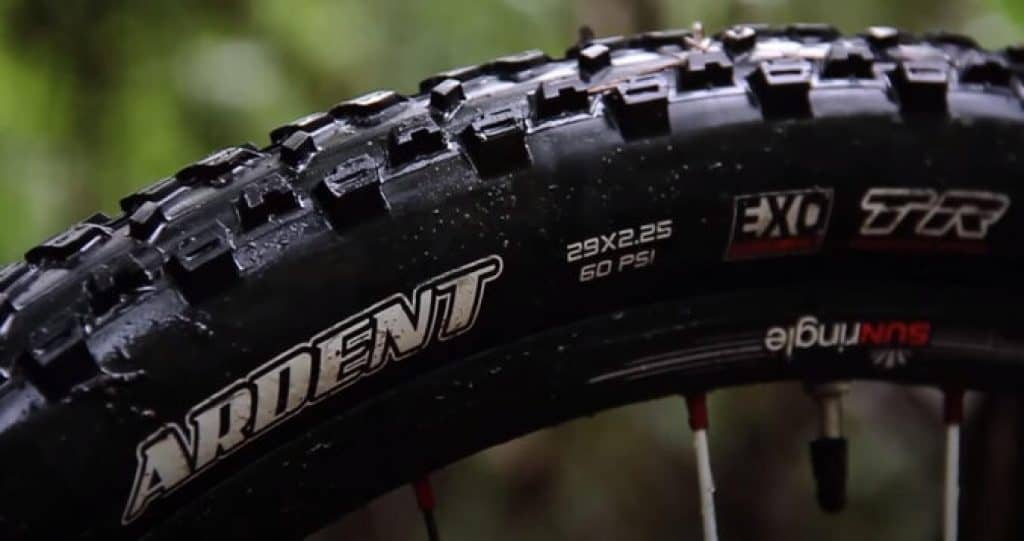 Cross-country-mountain-bike-tires-1