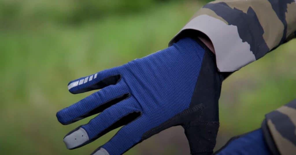 How-do-I-choose-a-mountain-bike-glove-1