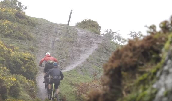 Ride mountain bikes in winter