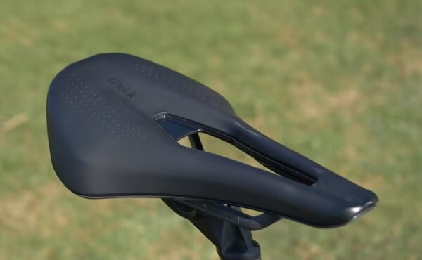 Saddle with cut out