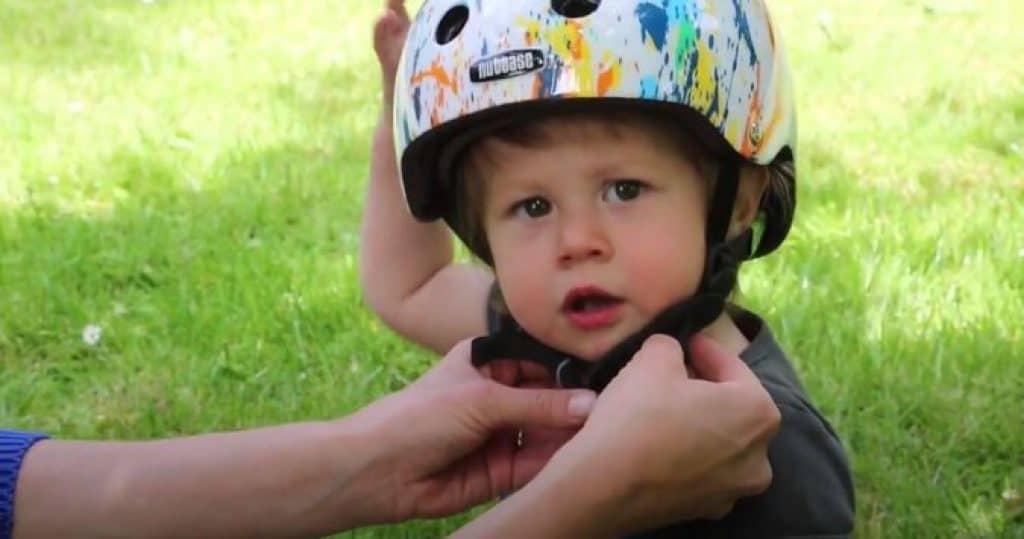Do-toddlers-need-bike-helmets-1