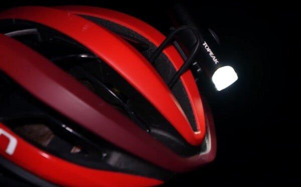 Helmet mounted light