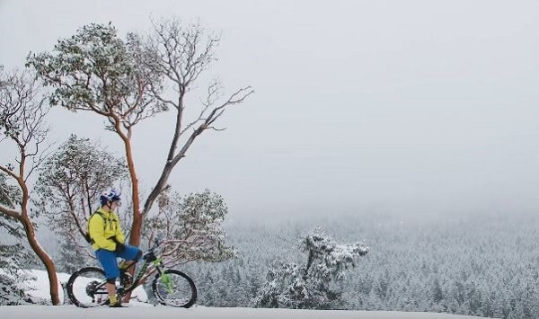 Trail rides in winter on your mountain bike