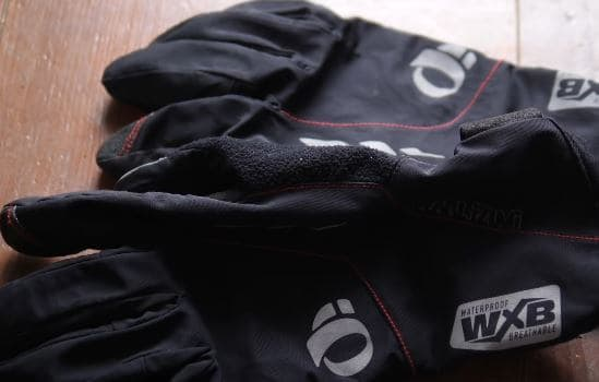 Winter gloves for mountain biking