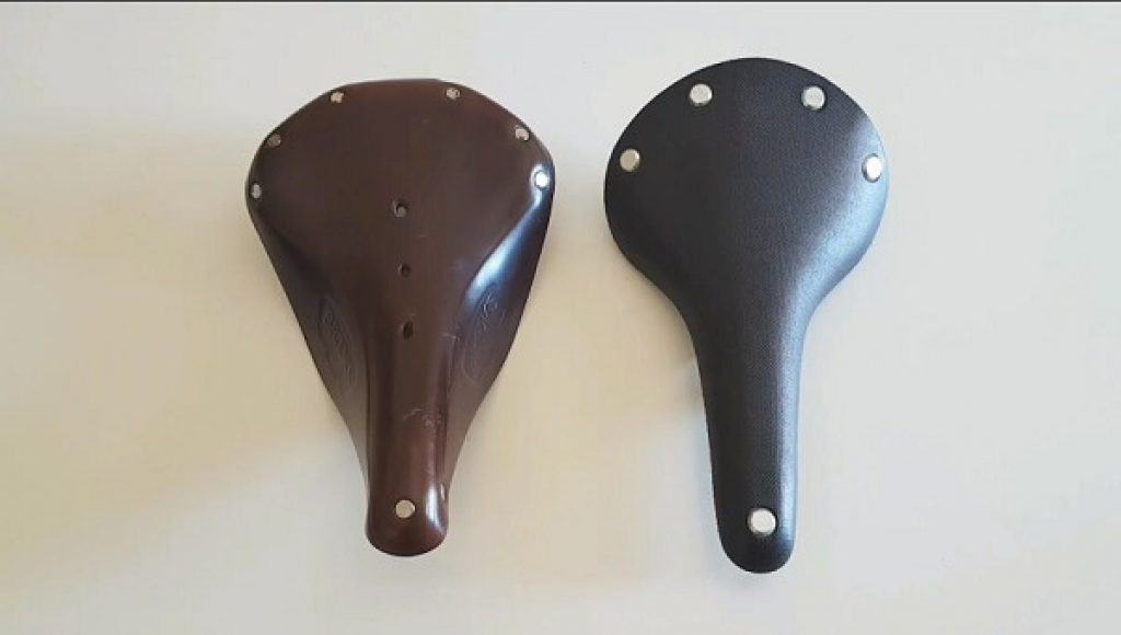A leather and cambium saddle