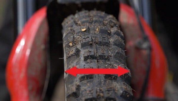 MTB tire width