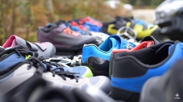 How do I choose mountain bike shoes?
