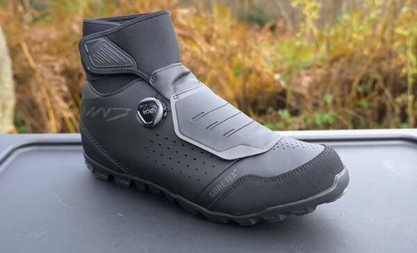 Winter mountain bike shoes